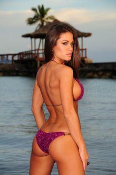 Mariane Calazan Nude Photos