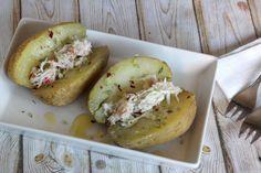 Te enseñamos de manera sencilla cómo cocer patatas en el microondas (para que te queden perfectas en 10 minutos). Con tiempos, ingredientes y trucos para que... What Is Quinoa, How To Cook Quinoa, Easy Cooking, Cooking Recipes, Quinoa Seeds, Quinoa Benefits, Quinoa Salad Recipes, Cookie Desserts, Easy Dinner Recipes