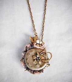 Romantic Vintage Style Necklace