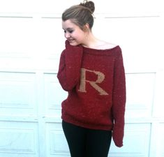 For the day I'm feeling super ambitious: Pattern - Sweater with Letter R -Red and Gold - Knitted - Weasley Jumper