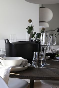 Table Reset for Iittala, styling and photo by Elisabeth Heier Interior Architecture, Interior Design, Modern Industrial, My Dream Home, Tablescapes, Home Goods, Modern Design, Table Settings, In This Moment