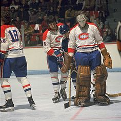 Legends of Hockey -- NHL Player Search -- Player Gallery -- Wayne Thomas Hockey Girls, Hockey Mom, Hockey Stuff, Hockey Goalie, Hockey Teams, Ice Hockey, Montreal Canadiens, Goalie Mask, Pittsburgh Penguins Hockey