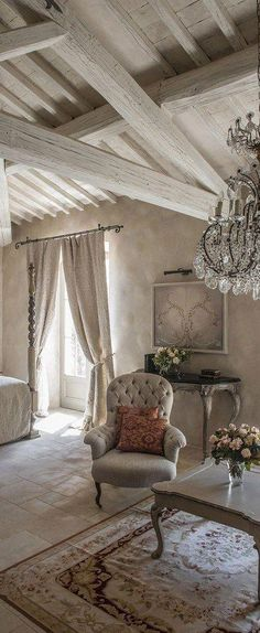 French Country Bedroom #Shabbychicdecor