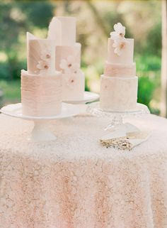 Hey there, Cupcake! is Southern California's premier modern custom cake house. Providing wedding cakes and special occasion cakes to San Diego, Orange County, Los Angeles, Riverside. Mod Wedding, Wedding Shoot, Dream Wedding, Wedding Bells, Wedding Ideas, Wedding Inspiration, Luxe Wedding, Wedding Cake Prices, Wedding Cakes