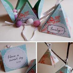 No Glue Favor Boxes {Paper Craft}