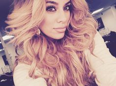 5 Times Dinah Jane Hansen Was So Beautiful Our Hearts Stopped