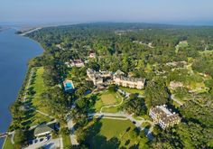 Discover the Jekyll Island Club Resort, a treasured historic hotel with modern amenities, featuring beautiful beaches, bike paths, history tours and family activities on one of Georgia's Golden Isles. Hotel Specials, Jekyll Island, Us Destinations, Bike Path, Family Activities, Beautiful Beaches, Dolores Park, Coastal, How To Memorize Things