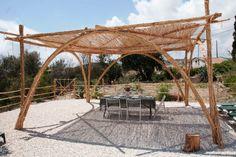 pergola selber bauen mit bambus