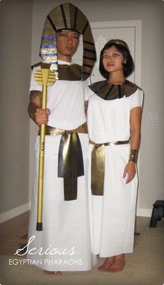 Halloween 2009 - DIY Egyptian Pharaohs Themed Halloween Costume Tutorials The Effective Pictures We Offer You About DIY Costume for teen girls A quality picture can tell you many things. You can find Egyptian Diy Costume, Egyptian Party, Themed Halloween Costumes, Diy Costumes, Funny Costumes, Pharoah Costume, Egyptian Headpiece, Egyptian Jewelry, Egypt