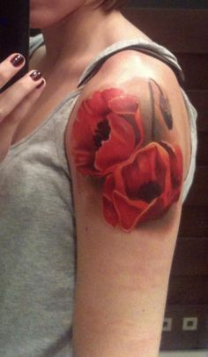 Poppy Tattoo @Corinne Chandler weren't you thinking of getting a poppy tattoo? I know this one is massive but it's gorgeous! I figured if you like the flower you can appreciate this