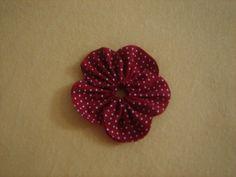PAP - Fuxico flor pétala aberta 9 by Minhas Crias, via Flickr