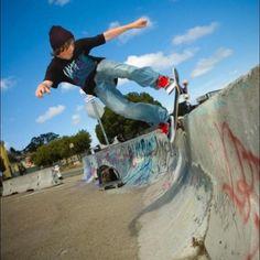 5-0 fakie #shalomcpp#shalom#shalomtribe#shalomlife#tribe#tribesmen#skate#skateboarding#skatelife#sf - @shalomcpp- #webstagram