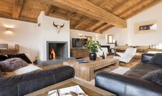 Contemporary and bright living room with roaring fire Best Ski Resorts, Ski Lift, Living Spaces, Living Room, Contemporary Decor, Mountain View, Sleep, Luxury, Switzerland