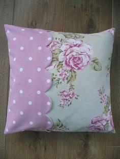 .. Shabby Chic Pillows, Cute Pillows, Diy Pillows, Decorative Pillows, Throw Pillows, Handmade Cushion Covers, Handmade Cushions, Patchwork Cushion, Quilted Pillow