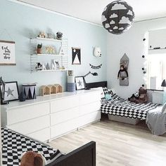 Habitación infantil compartida original y bonita black&white - Minimoi (@wiikskreativa)