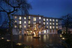 Hotel Eden Spiez - Hochzeitslocation in Spiez Hotel Eden, Hotels, Switzerland, Brunch, Mansions, House Styles, Home Decor, Decoration Home, Manor Houses