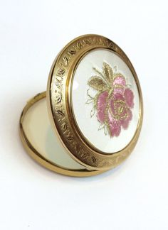 Hey, I found this really awesome Etsy listing at https://www.etsy.com/listing/240176673/vintage-compact-mirror-antique-metal