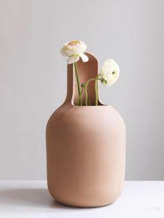 Vaso Gardenia Designer: Jamie Hayon