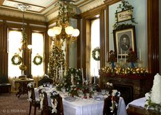 David Davis Mansion Bloomington il Dining room at Christmas