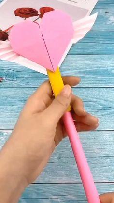 Paper Folding Crafts, Cool Paper Crafts, Paper Crafts Origami, Origami Art, Cute Origami, Useful Origami, Diy Crafts For Girls, Diy Crafts To Do, Diy Crafts Hacks