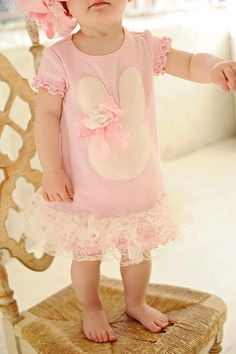 Vintage Pink Bunny Dress... omg, this is precious!