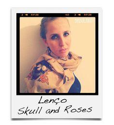 Lenço Skull & Roses R$22.00