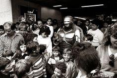By Bassan: O dia que o Robocop veio para Campinas ( Cine Windsor 15/09/1990)