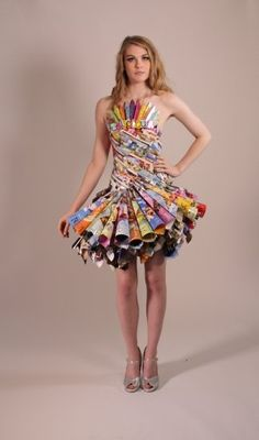Daisy creates couture fashion pieces made from recycled materials. Each dress is handcrafted wearable art commissioned specifically for our clients. Paper Fashion, Fashion Art, Fashion Show, Fashion Design, Dress Fashion, Fashion Ideas, Fashion Inspiration, Recycled Costumes, Recycled Dress