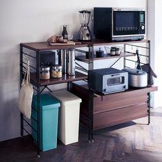 家電を機能的に配置できるレンジ台。