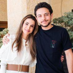 ♔♛Queen Rania of Jordan♔♛. — Queen Rania of Jordan and son Crown Prince Al...