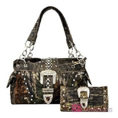 Mossy Oak Bling Satchel Set Link to order in bio! ATCWESTERN.com #mossyoak #bling #purse #camo #camouflage #camopurse #cute #love #countrygirl #redneckgirl #redneckwoman #countrylife #stylin #cute #love