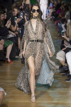 Elie Saab Spring 2018 Ready-to-Wear  Fashion Show Collection