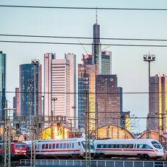 Fahrgastrekord: 42 Millionen Reisende mehr als im Vorjahr haben 2013 unsere Züge genutzt. Das und mehr hat der DB-Vorstand heut - deutschebahn's photo on Instagram - Pixsta