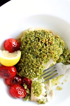 Pesto Crusted Mahi-Mahi with Blistered Tomatoes and Lemon Butter Sauce - Life As A Strawberry Gefilte Fish Recipe, Healthy Eating Recipes, Cooking Recipes, Whole30 Recipes, Healthy Eats, Healthy Foods, Pesto, Mediterranean Cookbook, Ideas