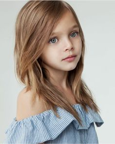 One more Russian beauty - Anna Pavaga! Very Pretty Girl, Pretty Kids, Cute Kids, Cute Babies, Cute Young Girl, Cute Little Girls, Little Girl Pictures, Tres Belle Photo, Anna Pavaga