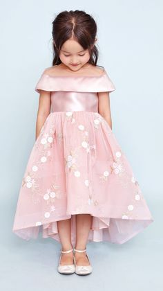 New Baby Fashion Outfits Sweets Ideas Women's Fashion Dresses, Skirt Fashion, Casual Dresses, Fashion Clothes, Little Girl Dresses, Girls Dresses, Flower Girl Dresses, Floral Dresses, Kids Outfits Girls