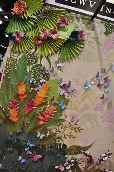 An exquisite tropical garden mural made . . . of paper. Extraordinary!