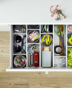 Well organized, your home will start working for you instead of the opposite. And as an added benefit, organization also makes you less stressed.