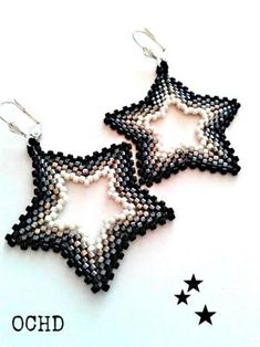 Star beaded earrings, herringbone stitch, peyote stitch