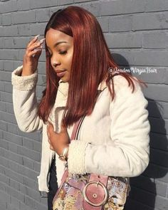 20 Best Auburn Hair Colour Ideas to Try. These are the sexiest auburn hair colour shades that you need to see before your next visit to the hair Dark Auburn Hair, Red Brown Hair, Hair Color Auburn, Dark Hair, Blue Hair, Black Girls Hairstyles, Afro Hairstyles, Pretty Hairstyles, Short Brown Haircuts