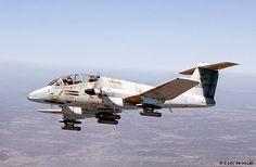 Aviones Caza y de Ataque: FMA IA-58 Pucará Tipo                Avión de ataque y apoyo aéreo cercano Fabricante      Fabrica Militar de Aviones  Primer vuelo          20 de agosto de 1969 Introducido              9 de agosto de 1974 Generacion                  3º Usuarios principales               Fuerza Aérea Argentina          Fuerza Aérea Uruguaya