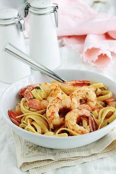 Chow Mein, Chow Chow, Minimum, Shrimp, Spaghetti, Good Food, Menu, Pasta, Ethnic Recipes