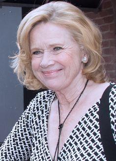 Liv Ullmann  as Gretchen Ostergard Snow