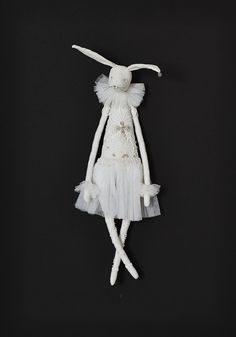 White Lady Hare by Alice Mary Lynch Doll Maker now available from Temperley London Flagship store, Mayfair Plush Dolls, Blythe Dolls, Doll Toys, Alice, Pandora Hearts, Rabbit Toys, Felt Christmas, Christmas Crafts, Doll Maker