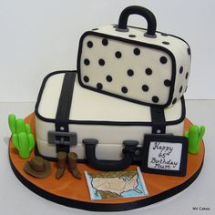 Traveling Cake #travel #cake #birthdaycake