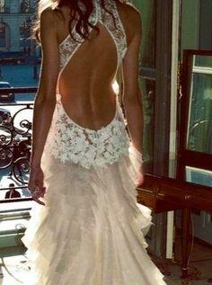 Beautiful lace backless wedding dress