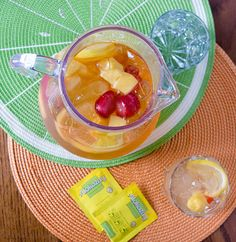 Beautiful! Summer Fruit Tea, the perfect alternative to juice boxes, from infinebalance.com
