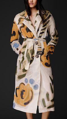 Burberry Prorsum Flower Motif Organdy Trench Coat--my Dream coat! Trench Coats, Burberry Trench Coat, High Fashion, Winter Fashion, Luxury Fashion, Womens Fashion, Burberry Prorsum, Work Attire, Swagg