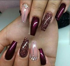 I have to get my nails like this!