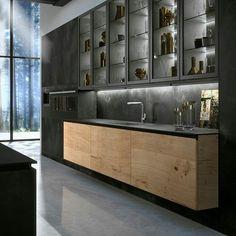 40 Inspiring Dark Grey Kitchen Design Ideas Source by tukangkayuajaib Grey Kitchen Designs, Modern Kitchen Design, Interior Design Kitchen, Modern Interior Design, Kitchen Contemporary, Küchen Design, Layout Design, Design Ideas, Grey Kitchens